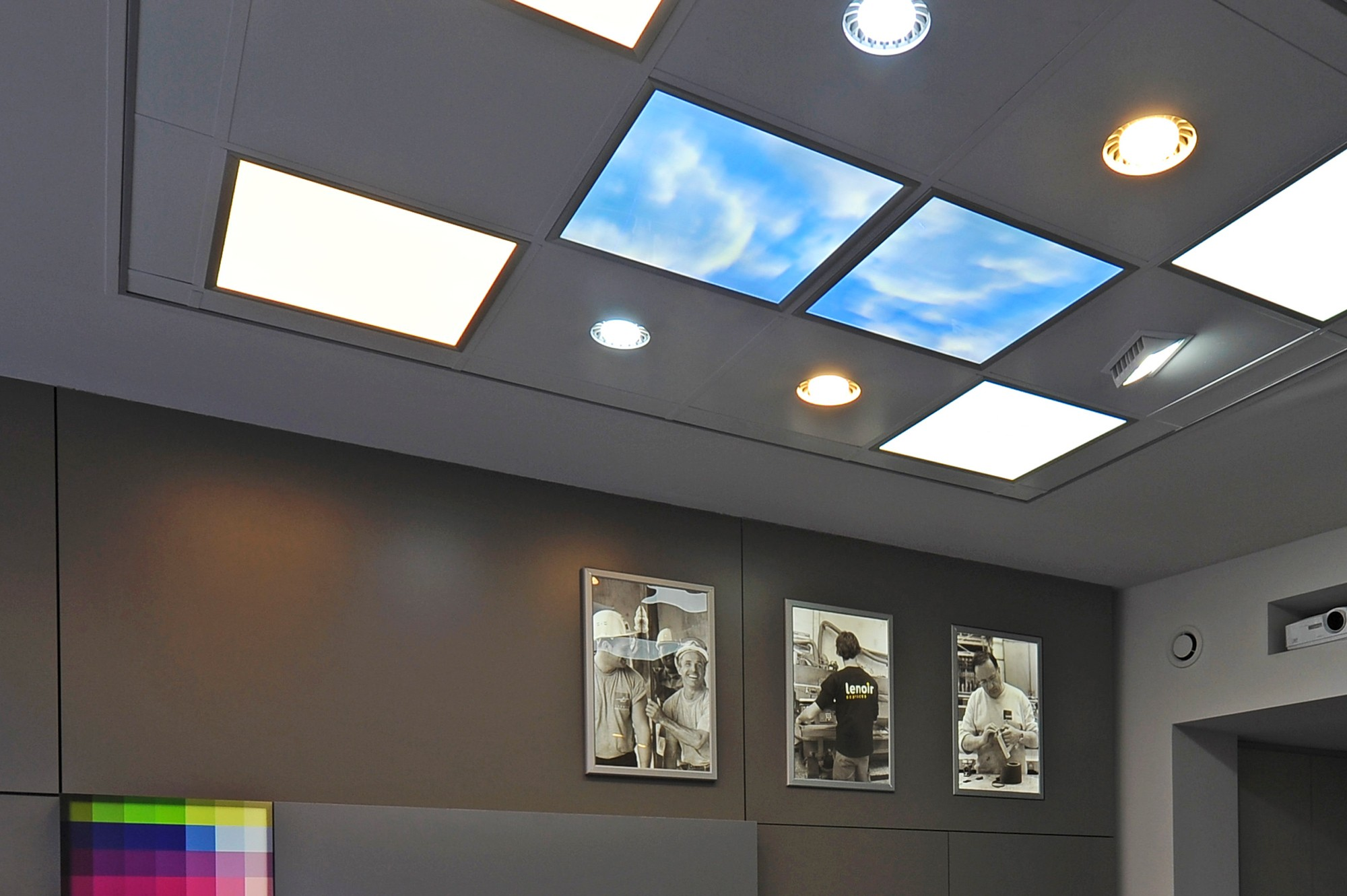 plafonniers led lenoir services. Black Bedroom Furniture Sets. Home Design Ideas